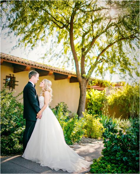 wedding photos paradise valley country club, scottsdale, arizona, wedding locations, country club weddings, bride and groom, jennifer bowen photographer