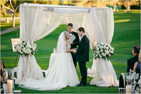 wedding photos, paradise valley country club, ceremony decor, scottsdale, arizona, wedding locations, country club weddings, bride and groom, jennifer bowen photographer, ceremony ideas, draped chuppah,