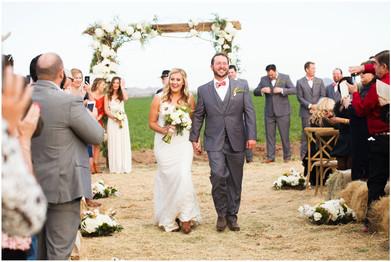 Farm wedding in Arizona, rustic decor