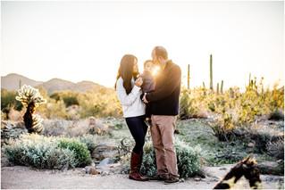01_sunrise_desert_photos_family_portrait