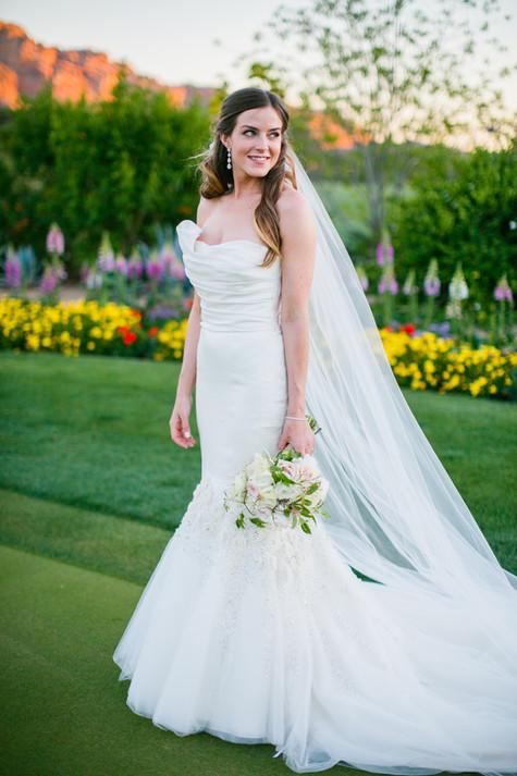 wedding photos, paradise valley country club, scottsdale, arizona, wedding locations, country club weddings, bride, bridal photos, jennifer bowen photographer, pretty