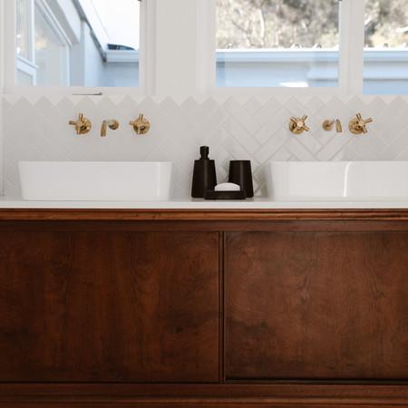 Bakoven bathroom