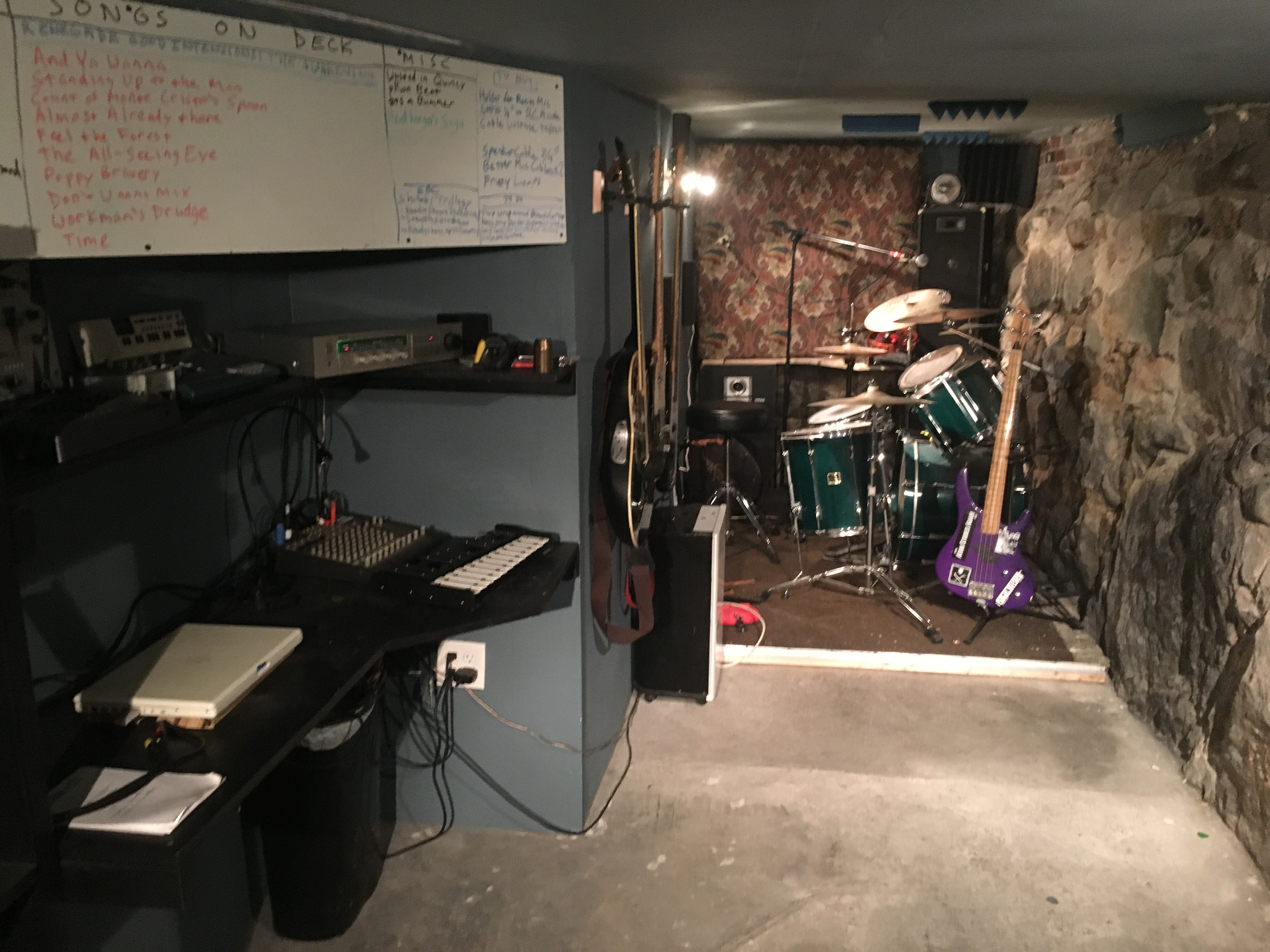 The Cave Studio, angle B