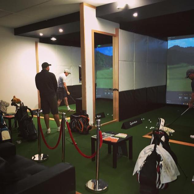 Indoor Golf Trackman