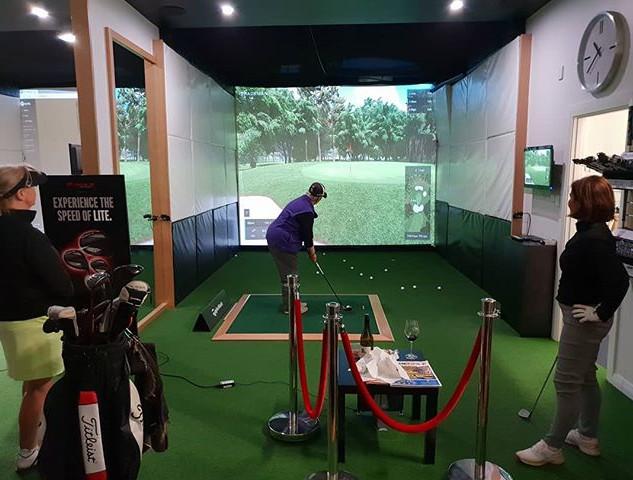 Indoor League Night. Perth. Trackman. Simulator.