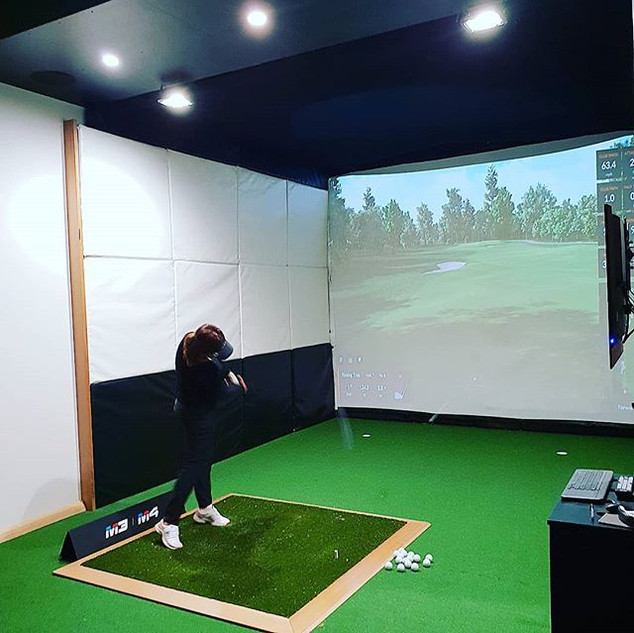 Indoor Golf. Trackman. Perth.