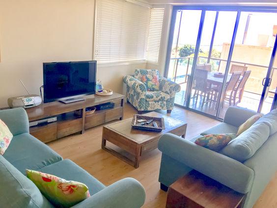 Three Bedroom Ocean View Lounge