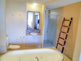 Three Bedroom Ocean Front Master Suite Ensuite