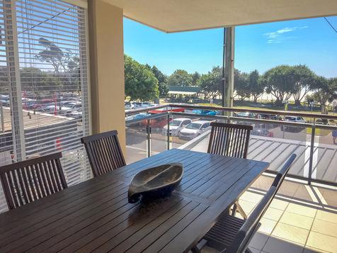 Three Bedroom Ocean Front Outdoor Dining