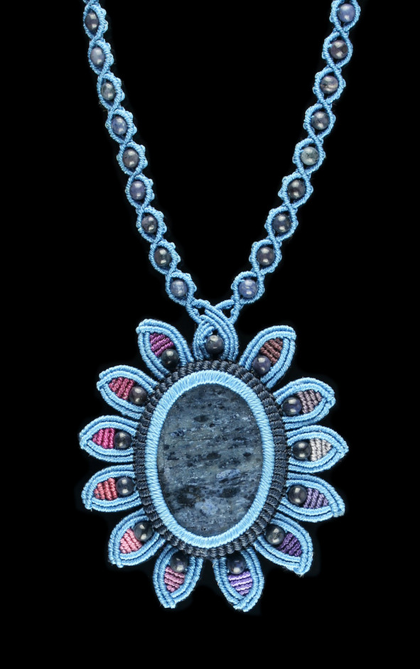 32_dumoterite_necklace.jpg