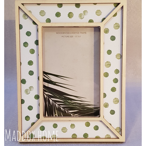 Wooden Green Dot Photo Frame