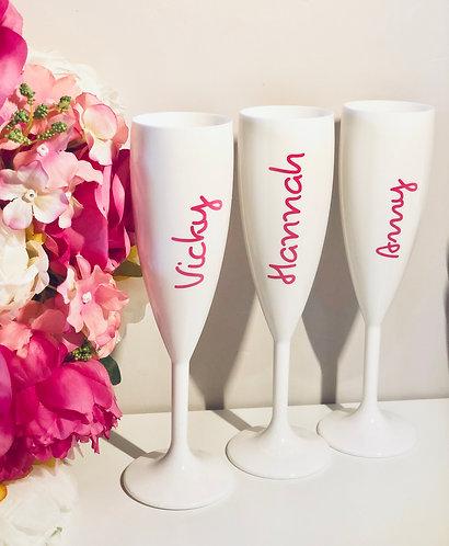 LI White Champagne Flutes