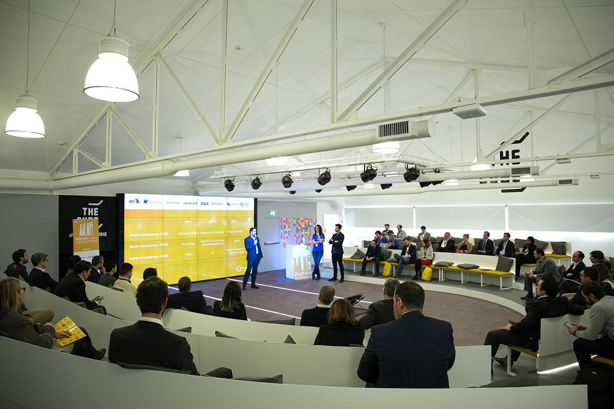 Regtech Unconference 2018-49.jpg