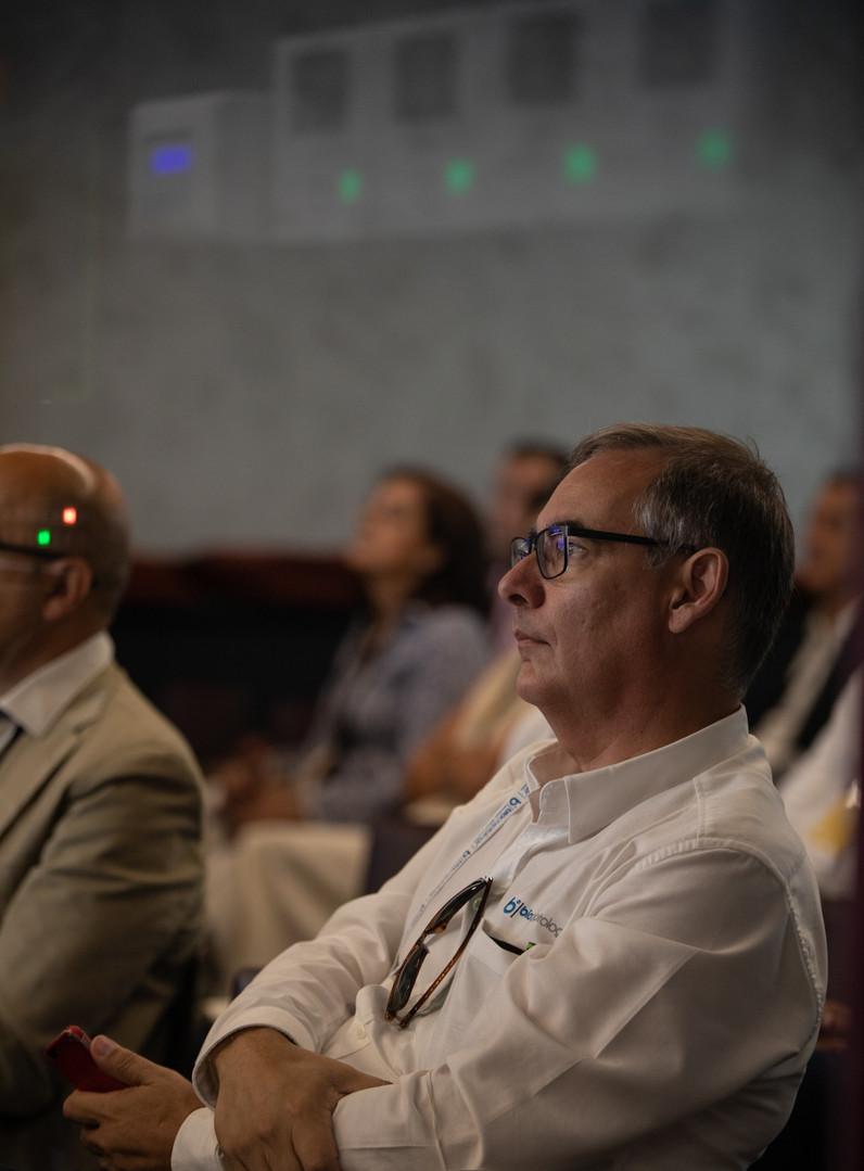 Regtech Unconference 2019--13_edited.jpg