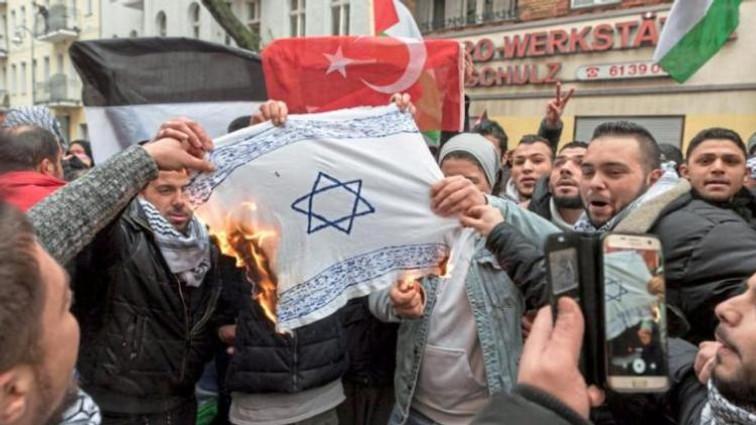 israel_fahne_berlin_palestine