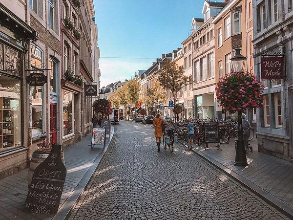 maastricht-wyck-maas-citytrip-rechtstraa