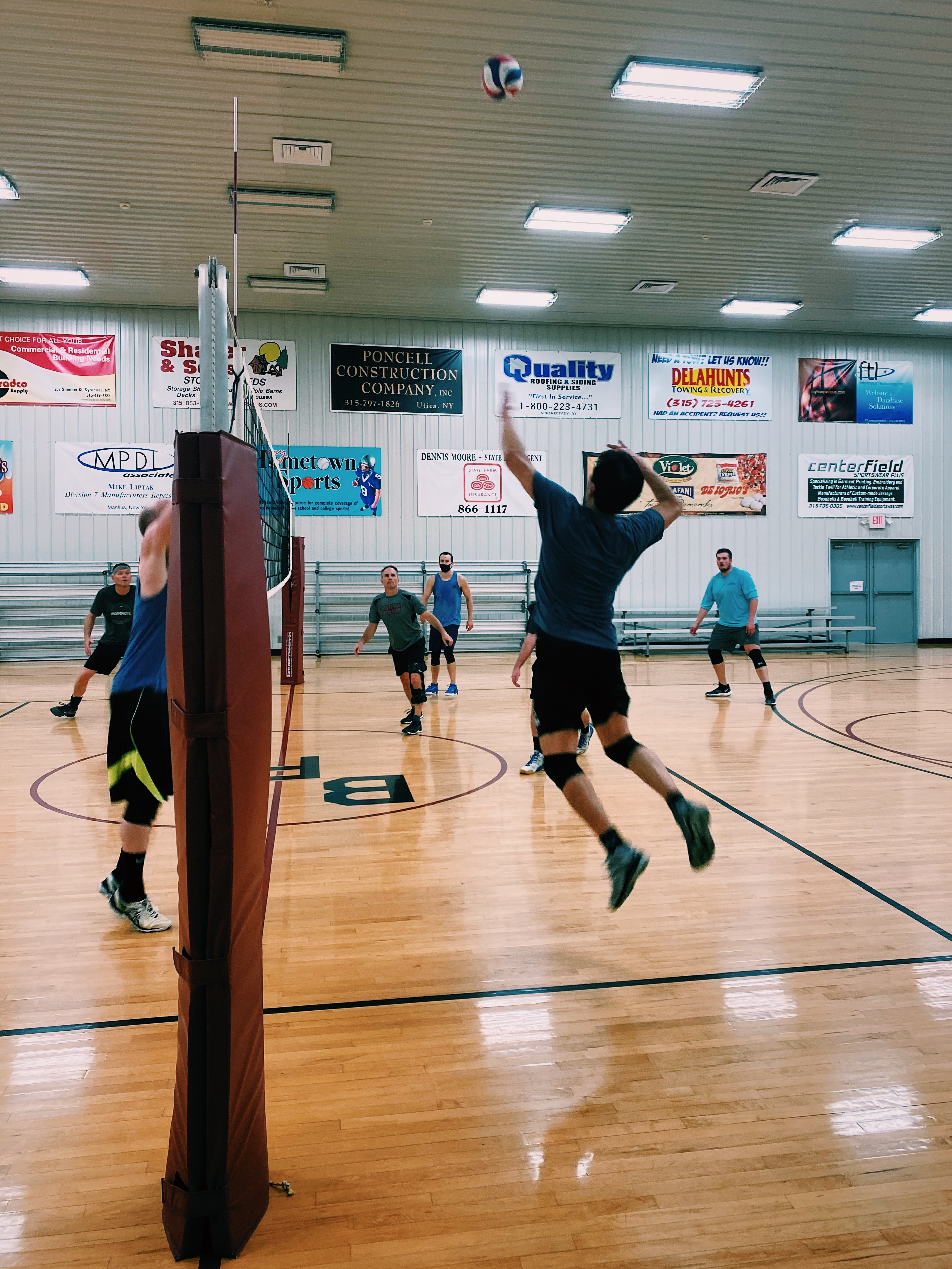 1.5-Hour Volleyball Rental
