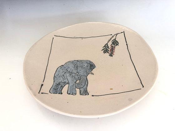 Elephant with bottle brush plate
