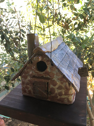 Thatched roof stone Irish Cottage Birdhouse