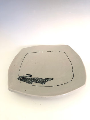 """Square plate with alligator 9.5"""""""