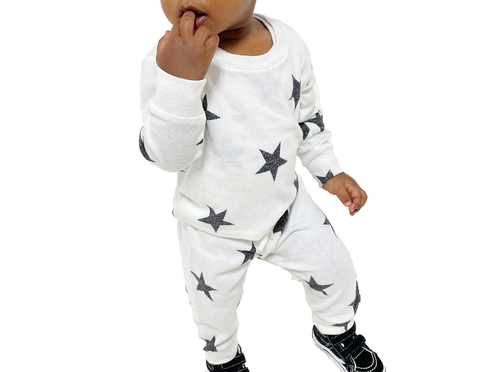 Newborn and Kids Lounge Set Pullover and Pant White Stars