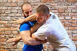 Instruktor sebeobrany