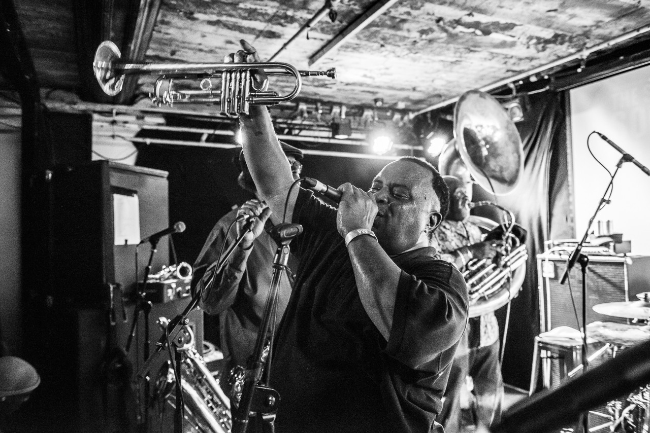 ET of DIrty Dozen Brass Band (Live)