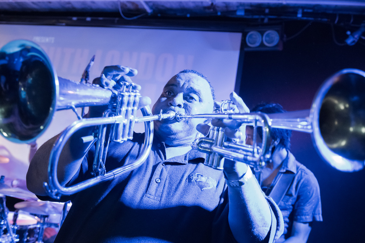 DIrty Dozen Brass Band (Live)