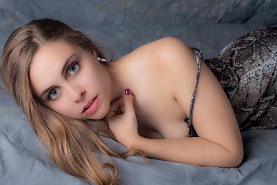 Natalia Genzone
