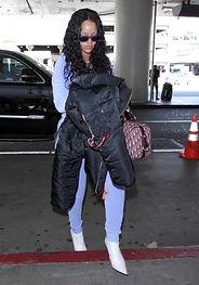 Rihanna. Revista Lux Moments magazine