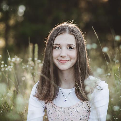 Maddie Altoona HS 2021 Senior Portraits