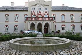 chateau-heralec.jpg