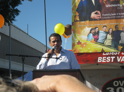 Mayor Villaraigosa front of Poster