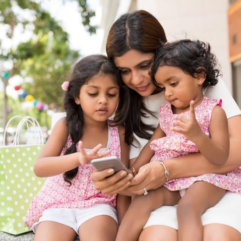 10 ways to raise financially smart kids