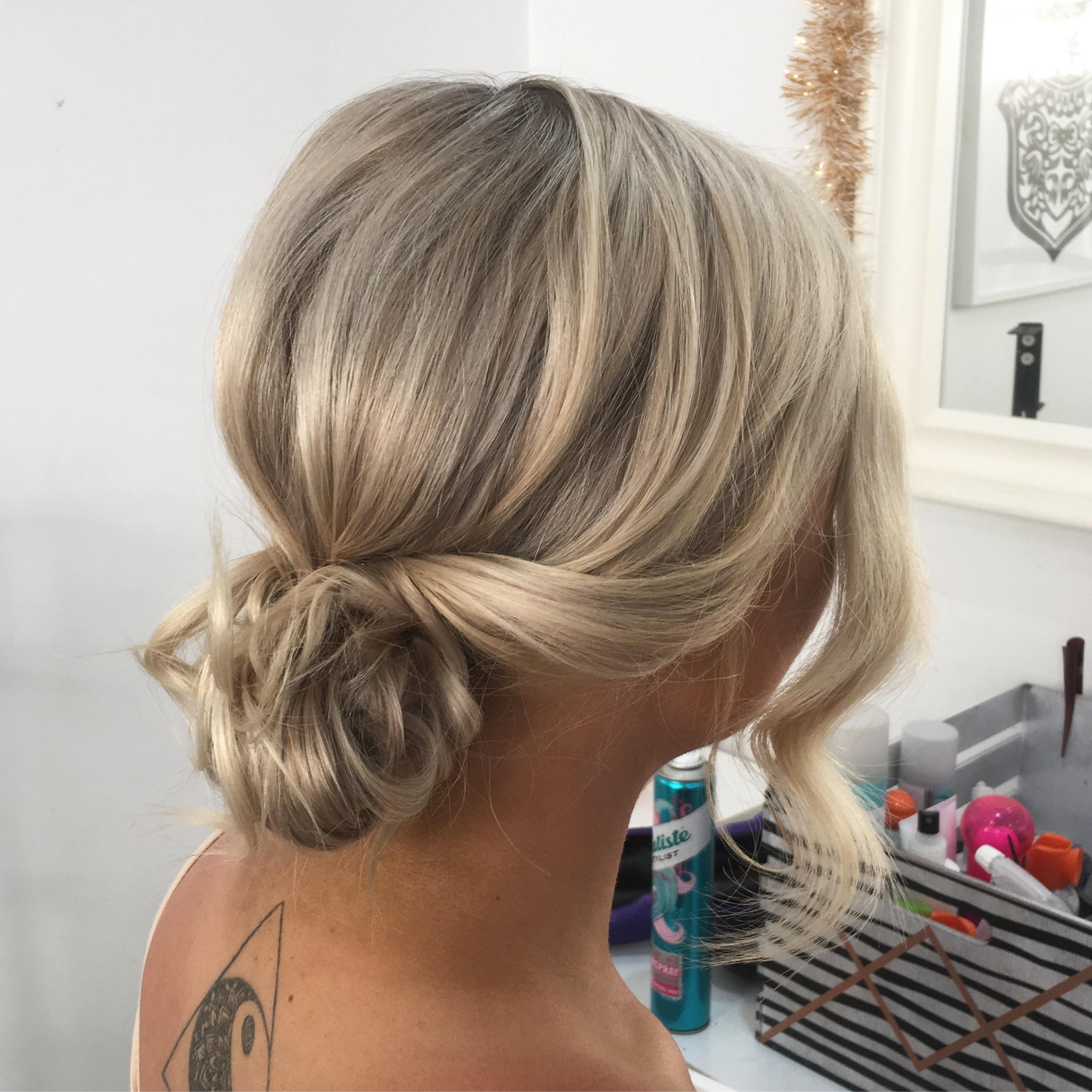 Short/Medium Hair Up-Styling