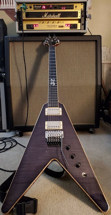 PVX Guitar DZ Signature Custom Flying V.