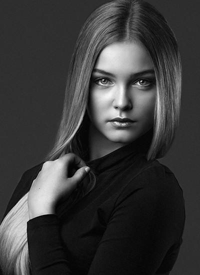 Foto: Karina Szuter | Modell: Hanna E, Sweden model agency