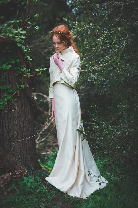 Foto: Gina Ljungberg | Modell: Elin H, Sweden model agency | Headpiece: Made by P | Klänning: Videnvild
