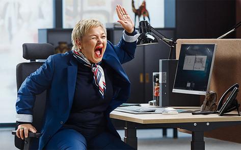 """AJ Produkter, kampanj """"Livet på jobbet"""" 2020. Fotograf: Jesper Molin"""