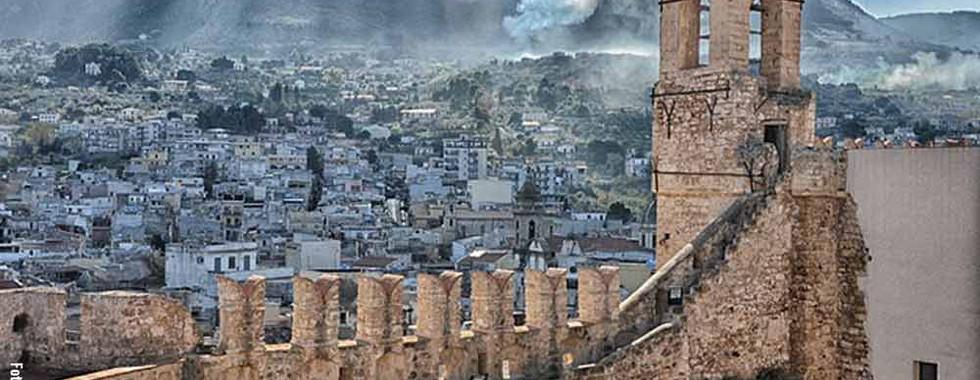 4_castello_carini_panoramica.jpg