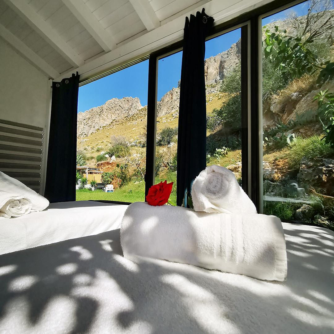 vetrata montagna.jpg