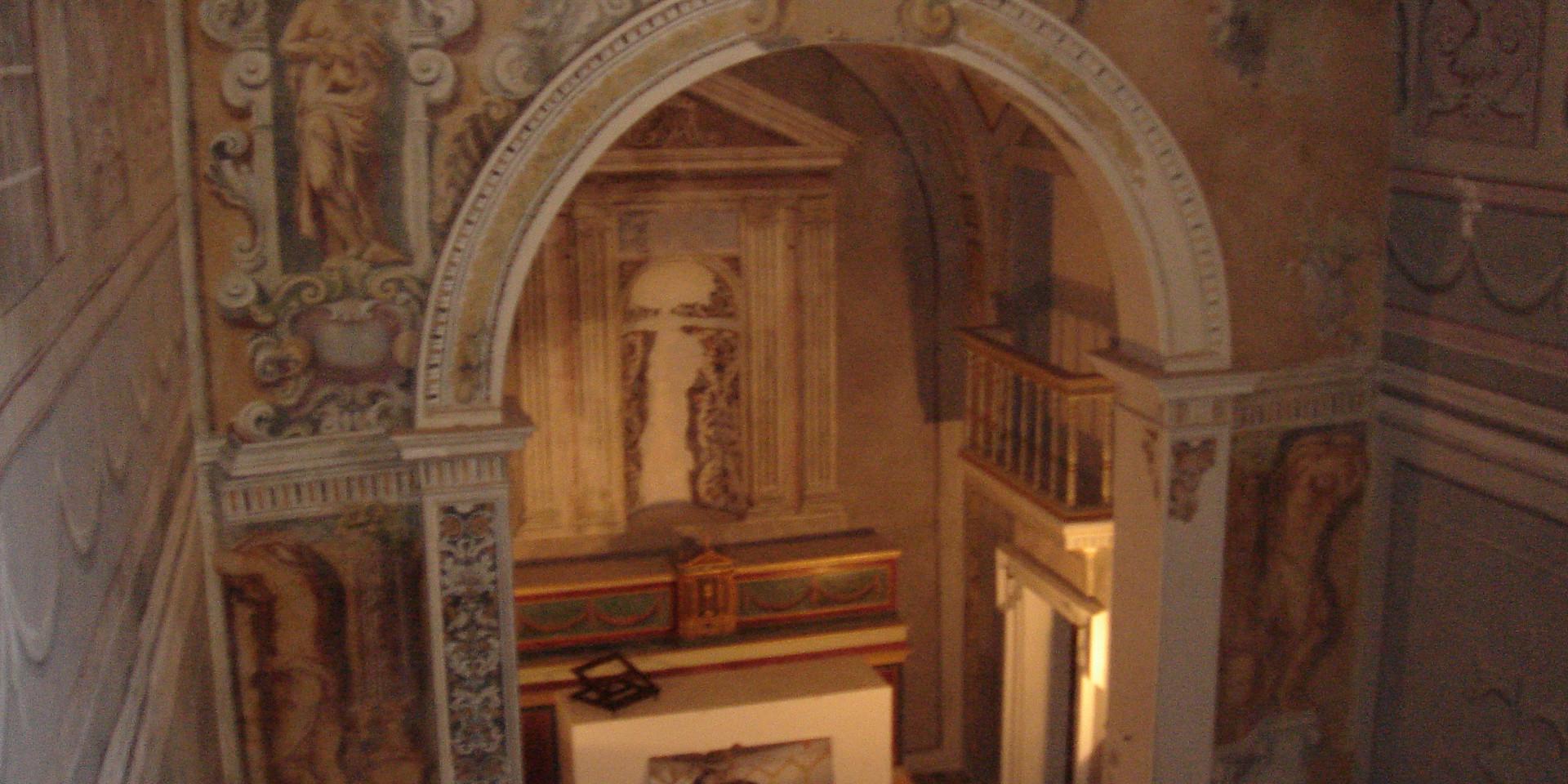 Cappella_castello_Carini.jpeg