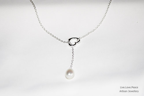 'Dazzling Heart' Sterling Silver Necklace With Pearl