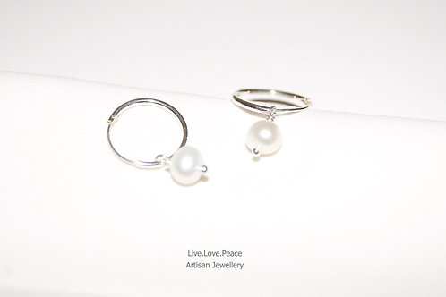 'Sheila Love' Sterling Silver Hoop Round Earrings With Pearl