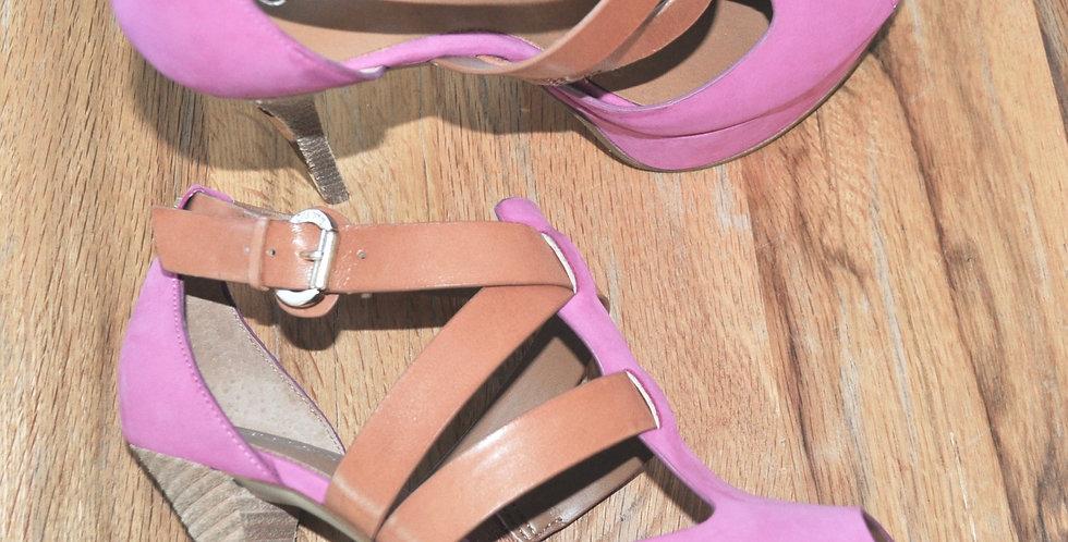 """High Heels """"Guess"""""""