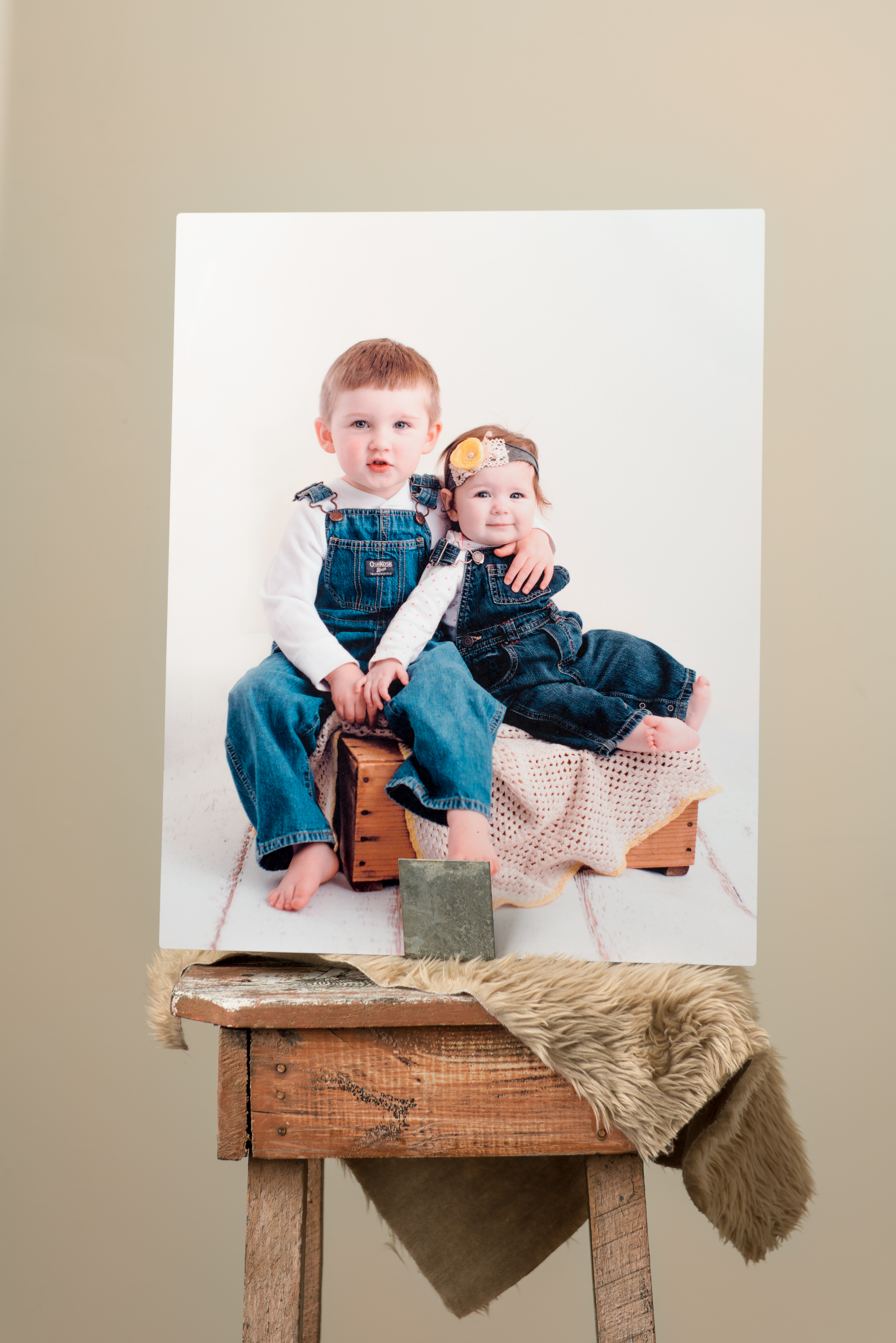 metal-print-boy-girl-siblings-front