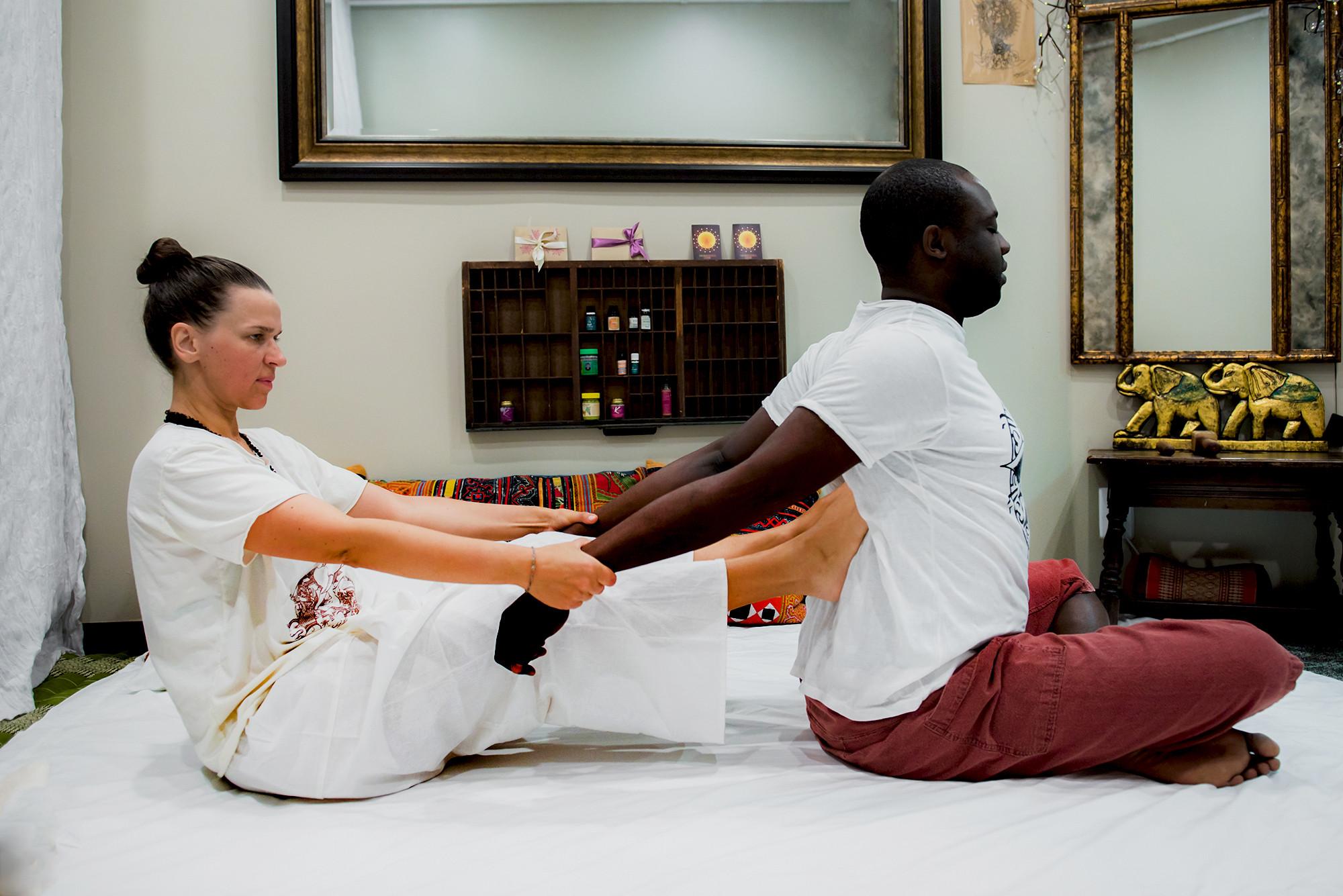 1.5 hr Traditional Thai Massage