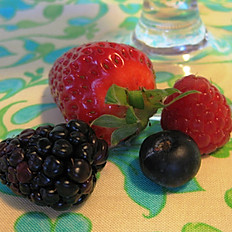 Four Berry Blend - 3 sizes
