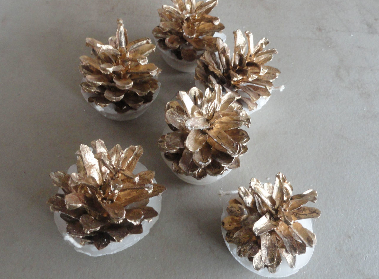 gold-wedding-favor-fire-starters-nature-