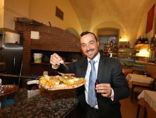 Hier gibt's die 1. Cannabis-Pizza Österreichs - Der wohl beliebteste Italiener Wiens überrascht
